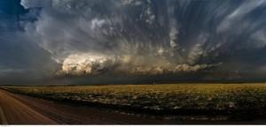 Облака весят